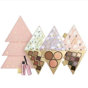 Too Faced Under the Christmas Tree Set